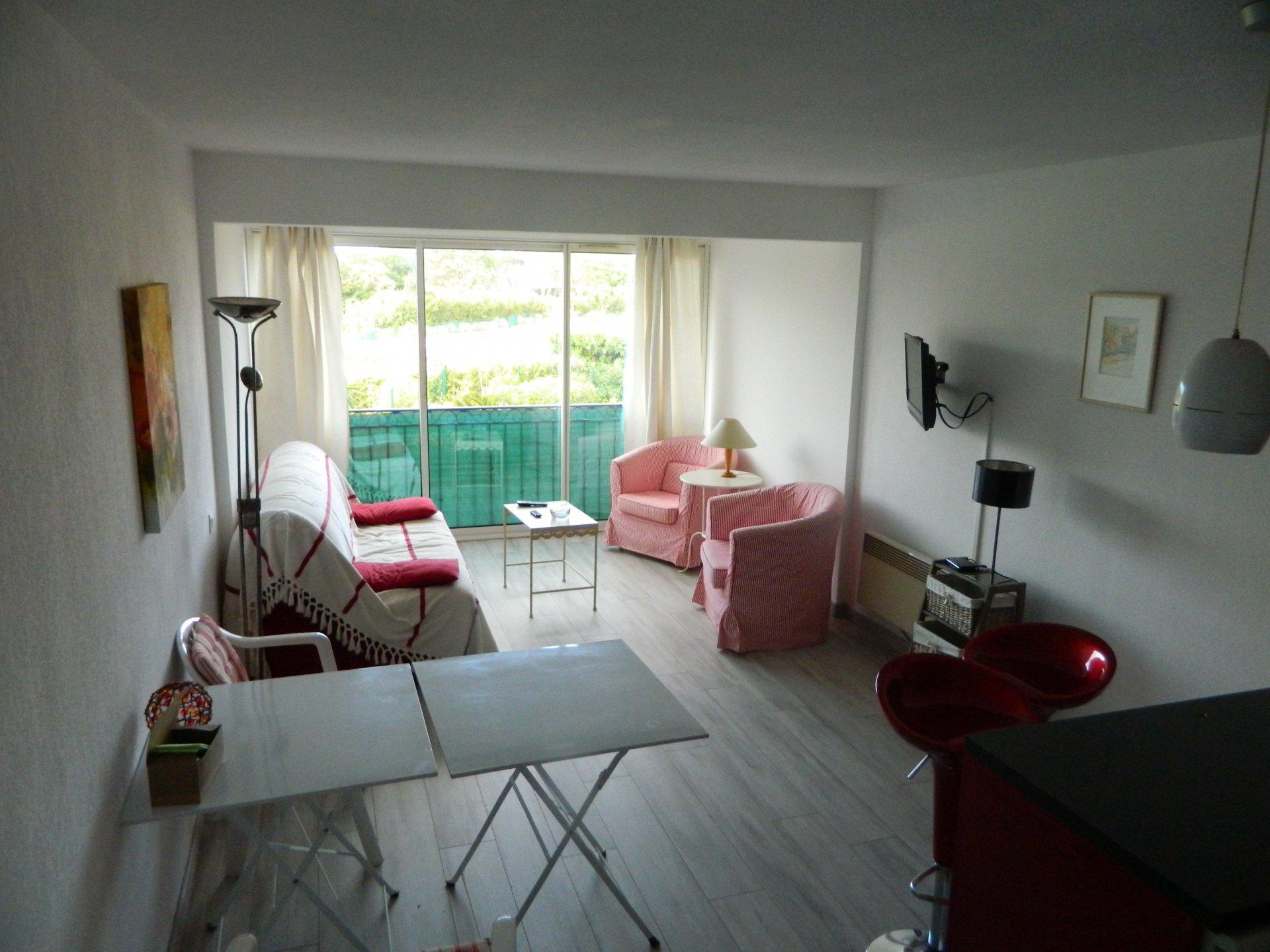 Vente Appartement 2 pièces Gassin 83580