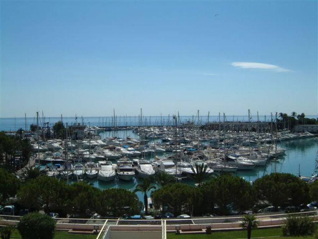 Sale Studio - Villeneuve-Loubet Marina Baie des Anges
