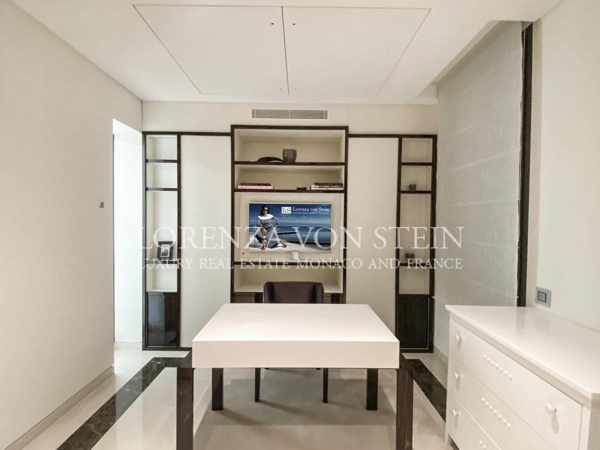 Le Balmoral - Duplex Apartment