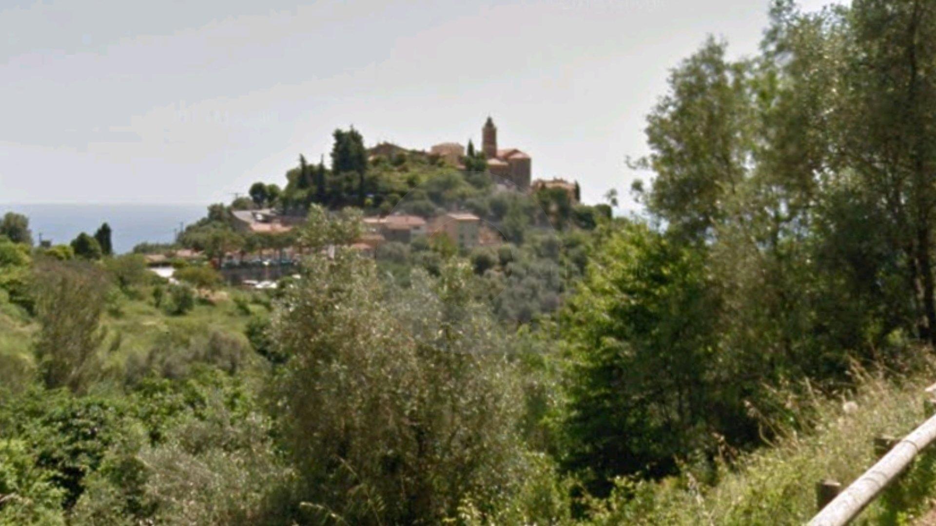 Castellar village terrain constructible