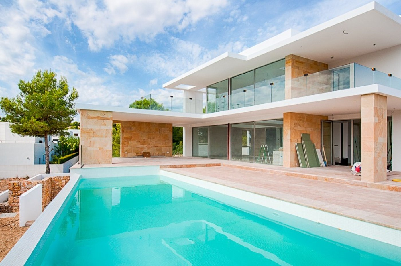 Modern villa currently under construction in Moraira
