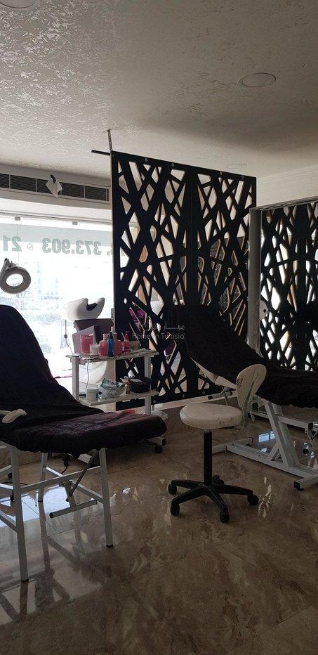 Espace coiffure et esthétique pour homme et femme a vendre