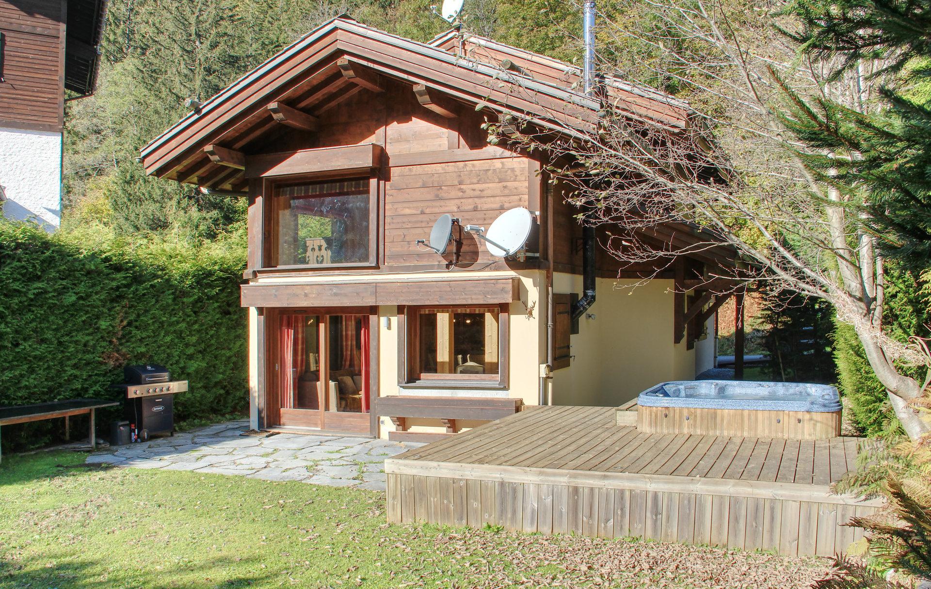 Продажа Шале - Шамони́-Монбла́н (Chamonix-Mont-Blanc) Centre Ville