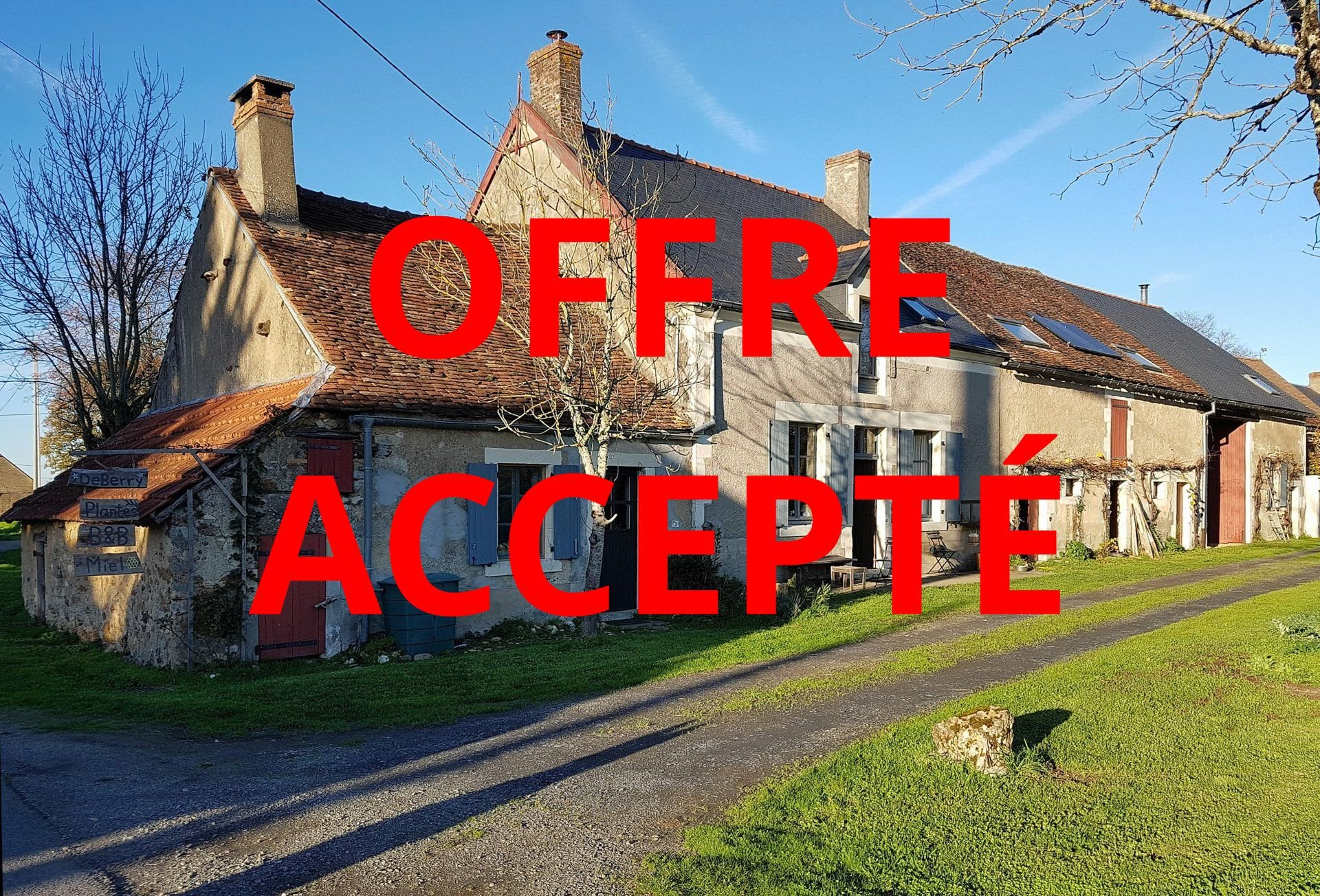 House with gite and land for sale in the Brenne, Indre 36