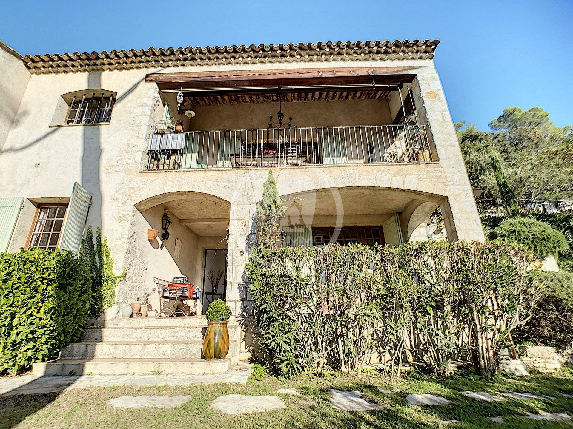 Alpes Maritimes (06)  LA COLLE SUR LOUP - EXCLUSIVITE