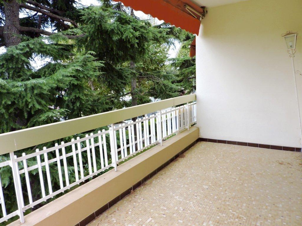 Magnifique 3 pièces traversant avec terrasse sud