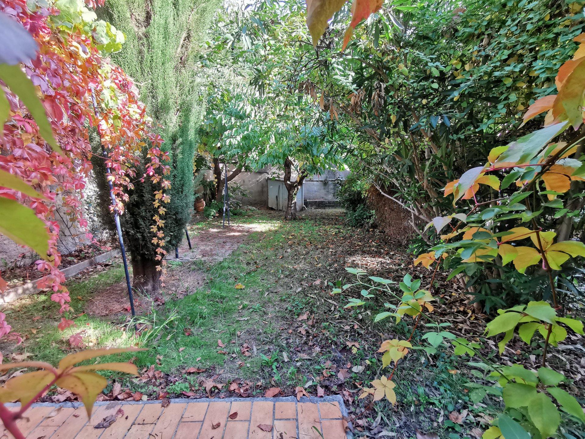 Maison de ville T2 + jardin
