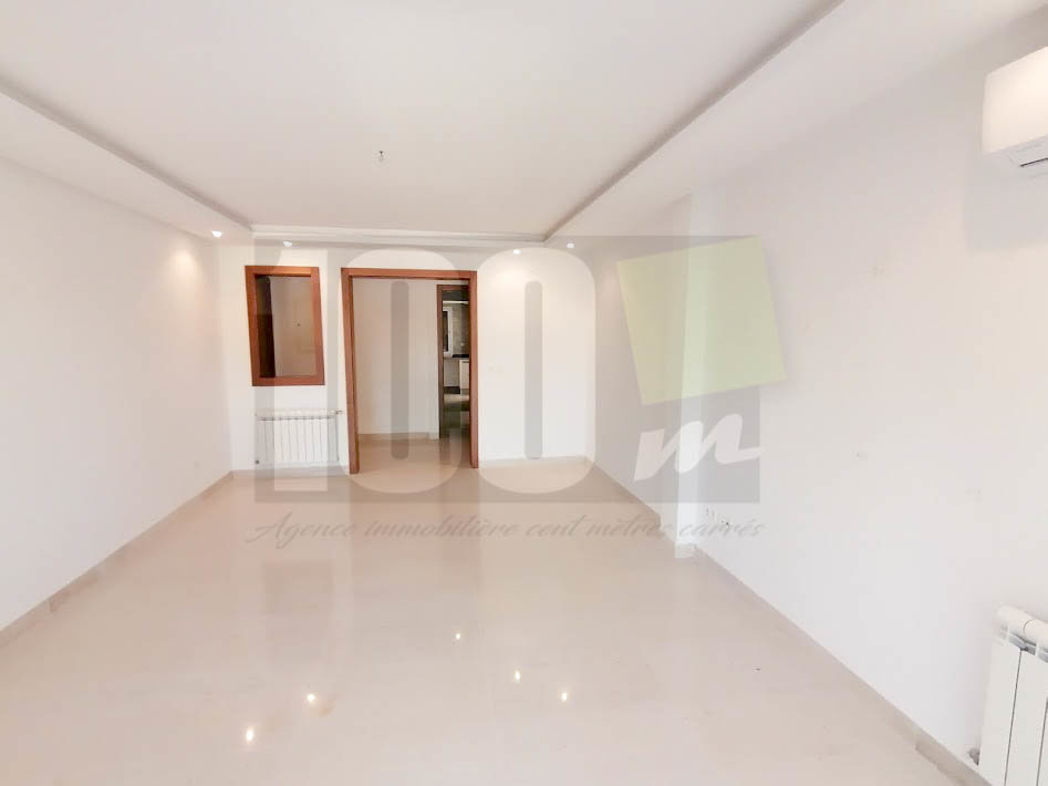 Location appartement S+3 à La Soukra