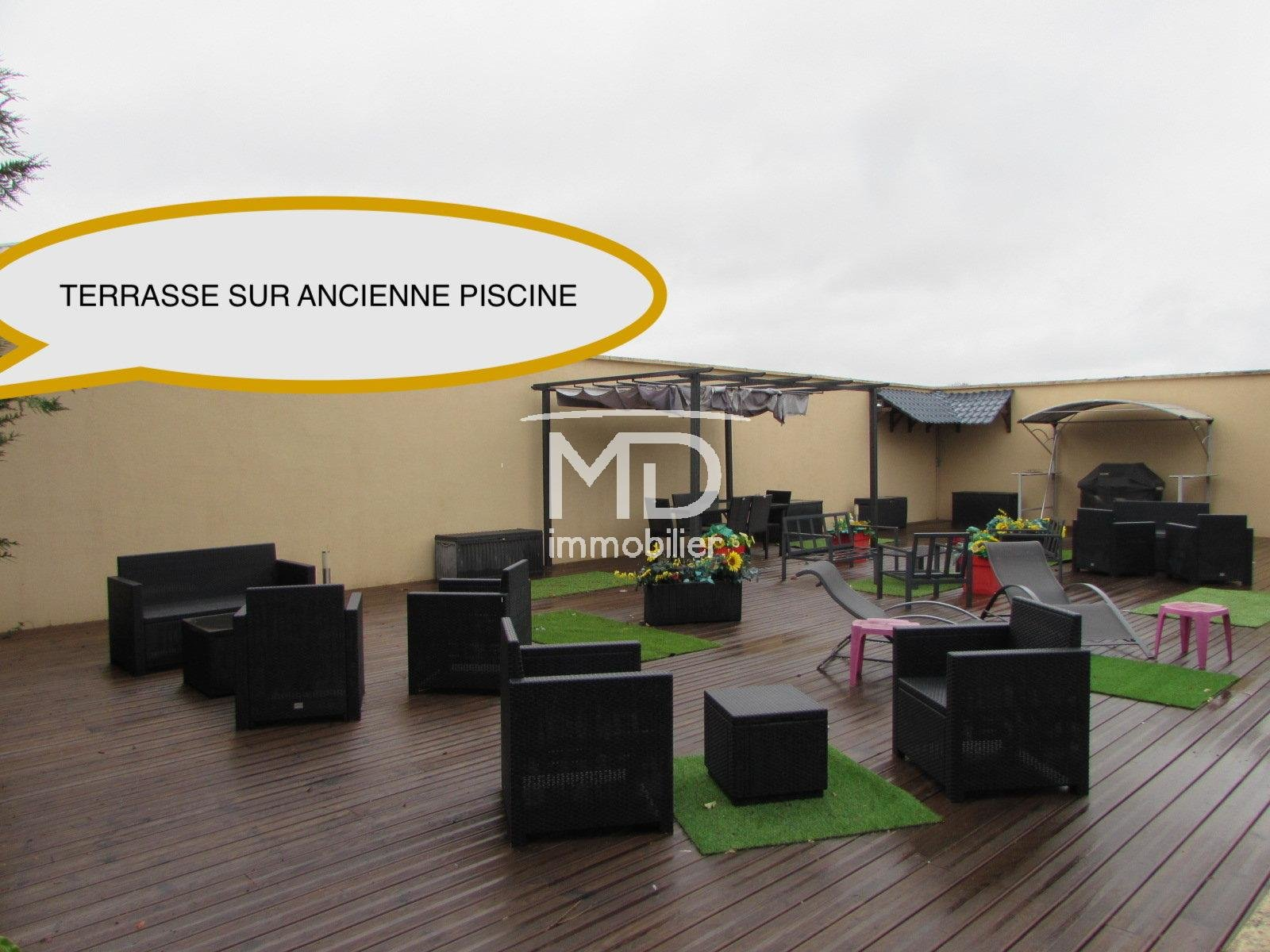 PERIPHERIE EVREUX - MAISON COSSUE DE 280m²