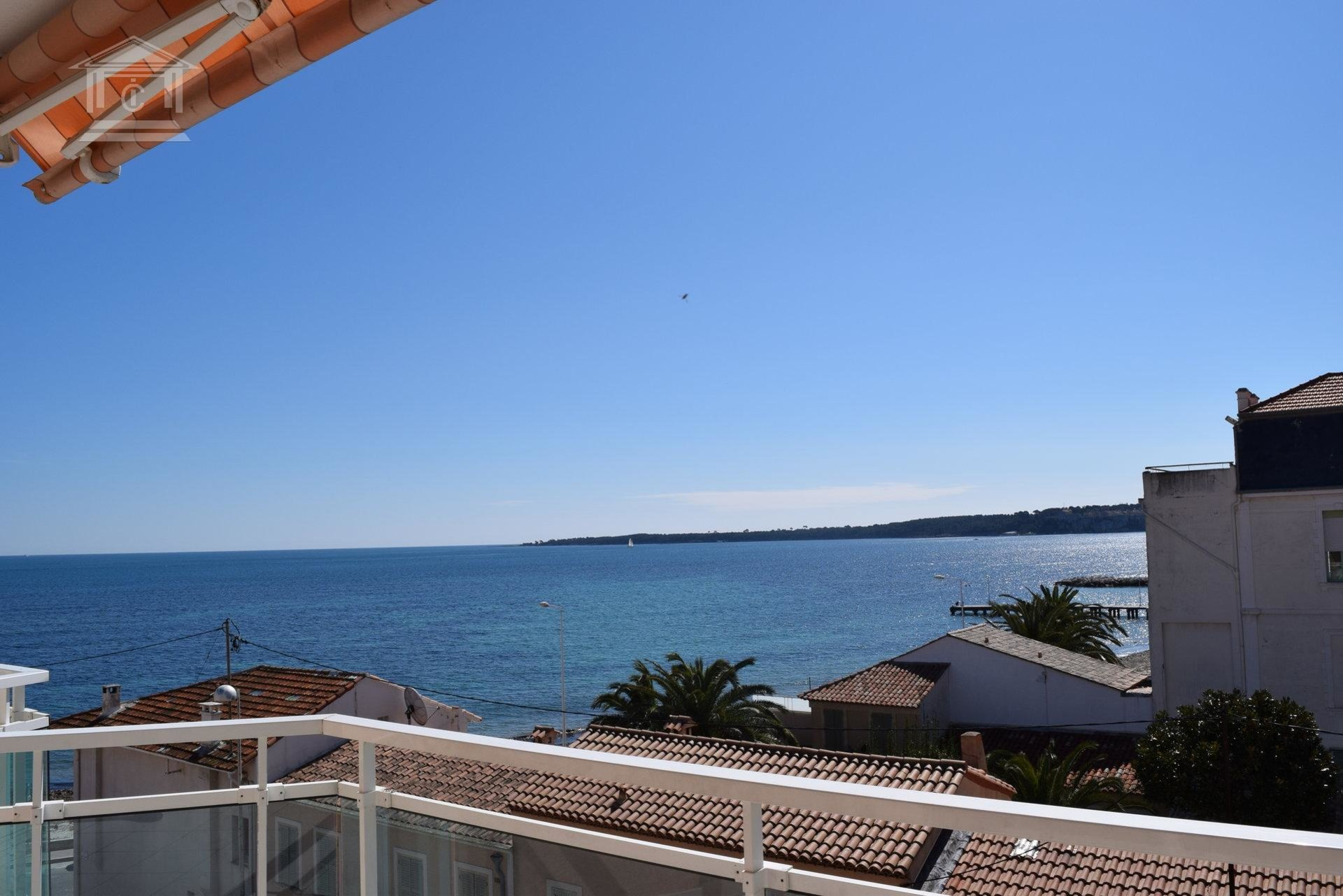 CANNES - Palm Beach , 3-bedroom apartment with sea view