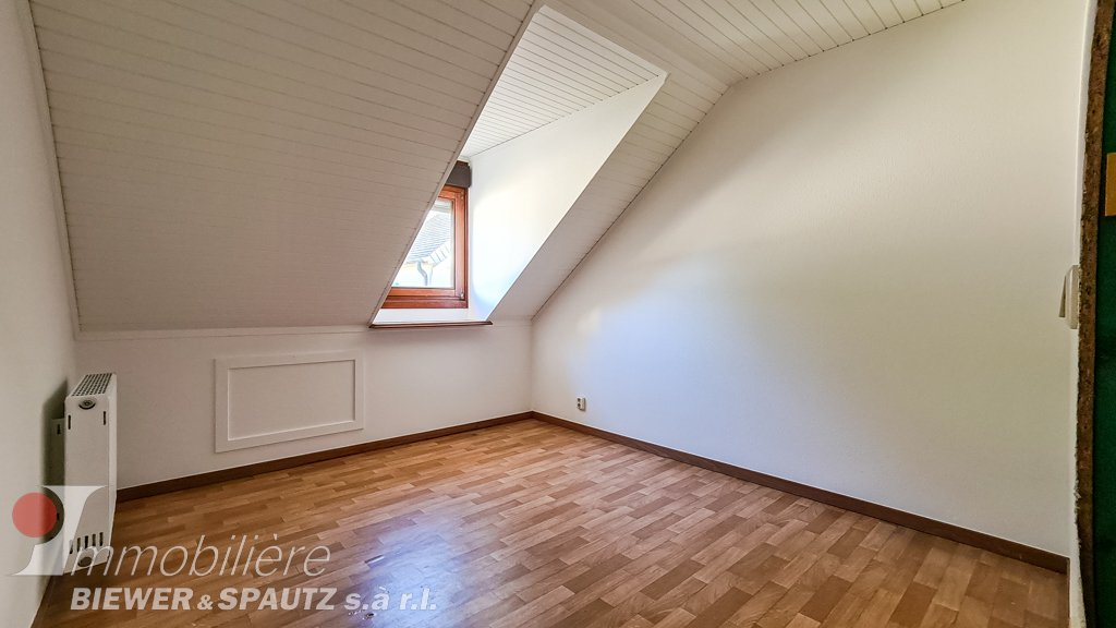 UNDER SALES AGREEMENT - semi-detached house with 3 bedrooms in Bourglinster