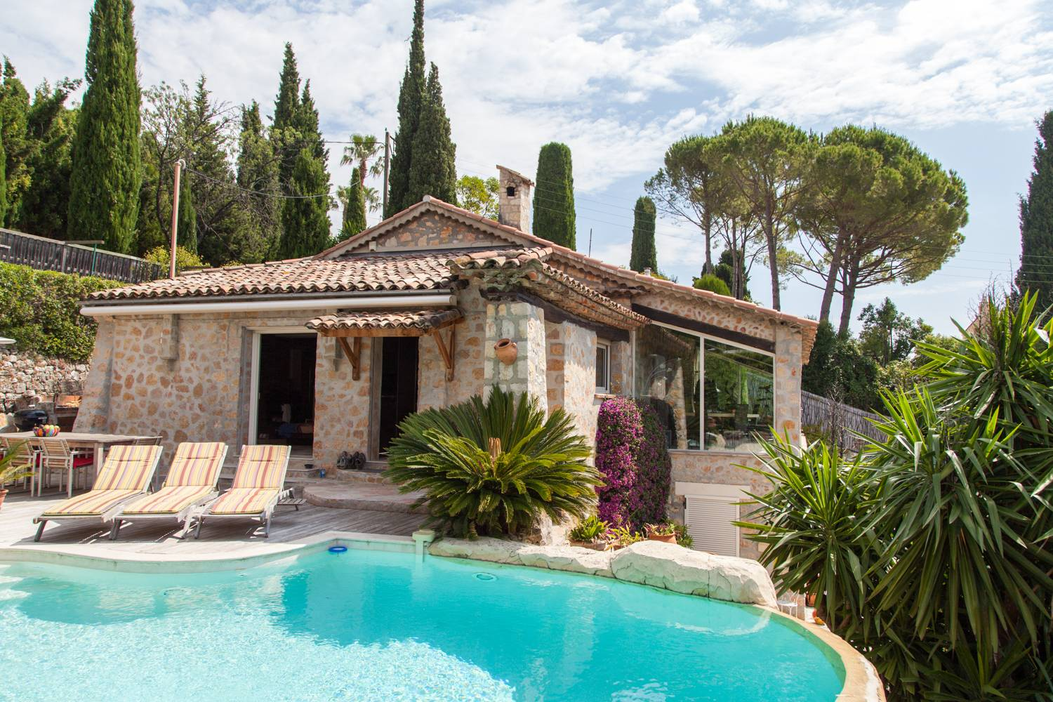 Mas Provencal in Mougins Village