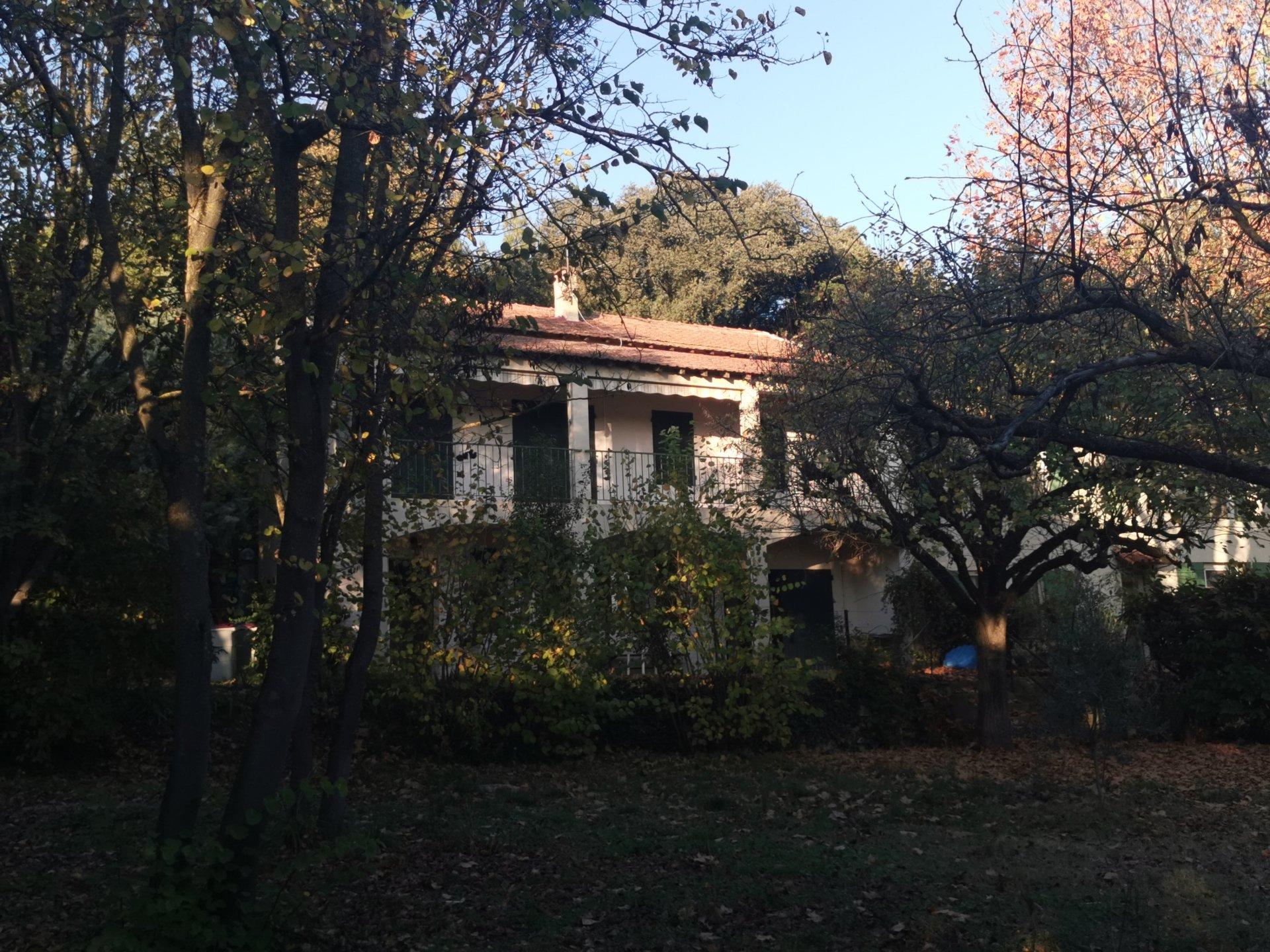 charmante maison dans la campagne