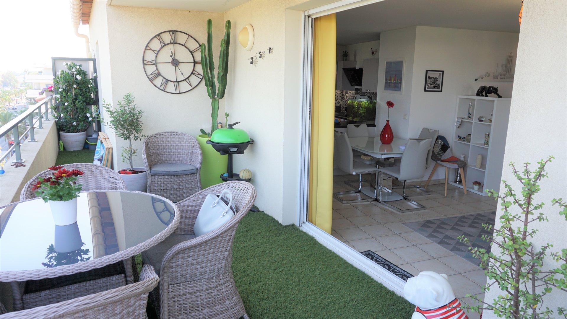VAR - LA SEYNE T3 dernier étage, vue mer , garage double