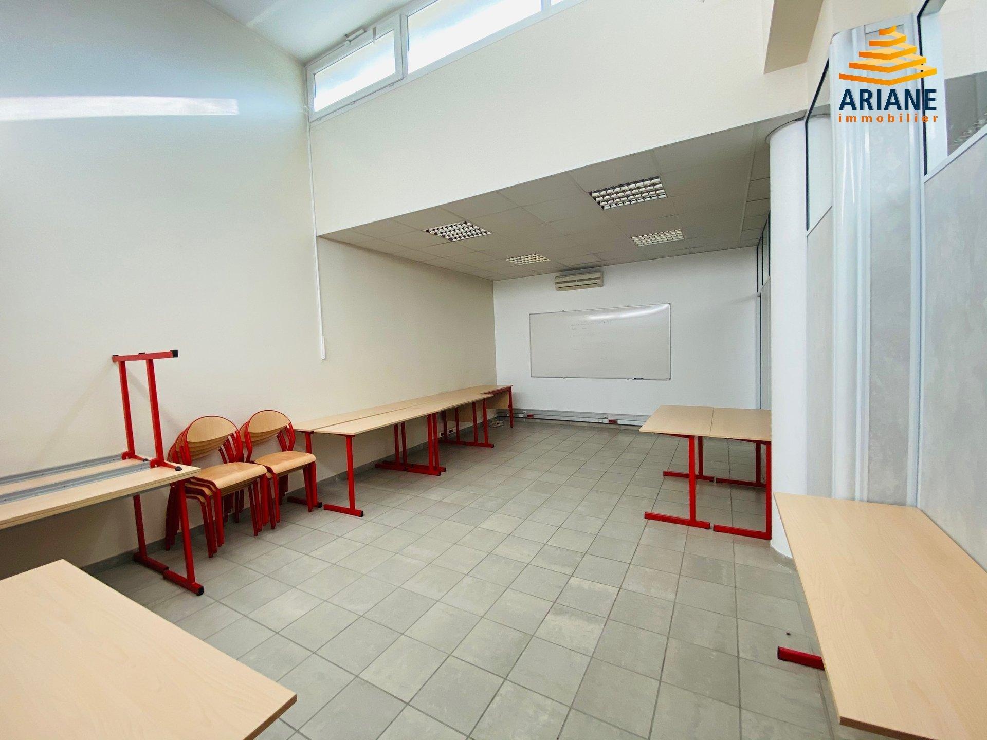 Bureaux à louer Oullins 650 m2