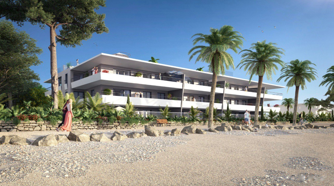 VILLENEUVE LOUBET Plage - French Riviera - Exceptional - Edge water - 3 bed apartment with sea view