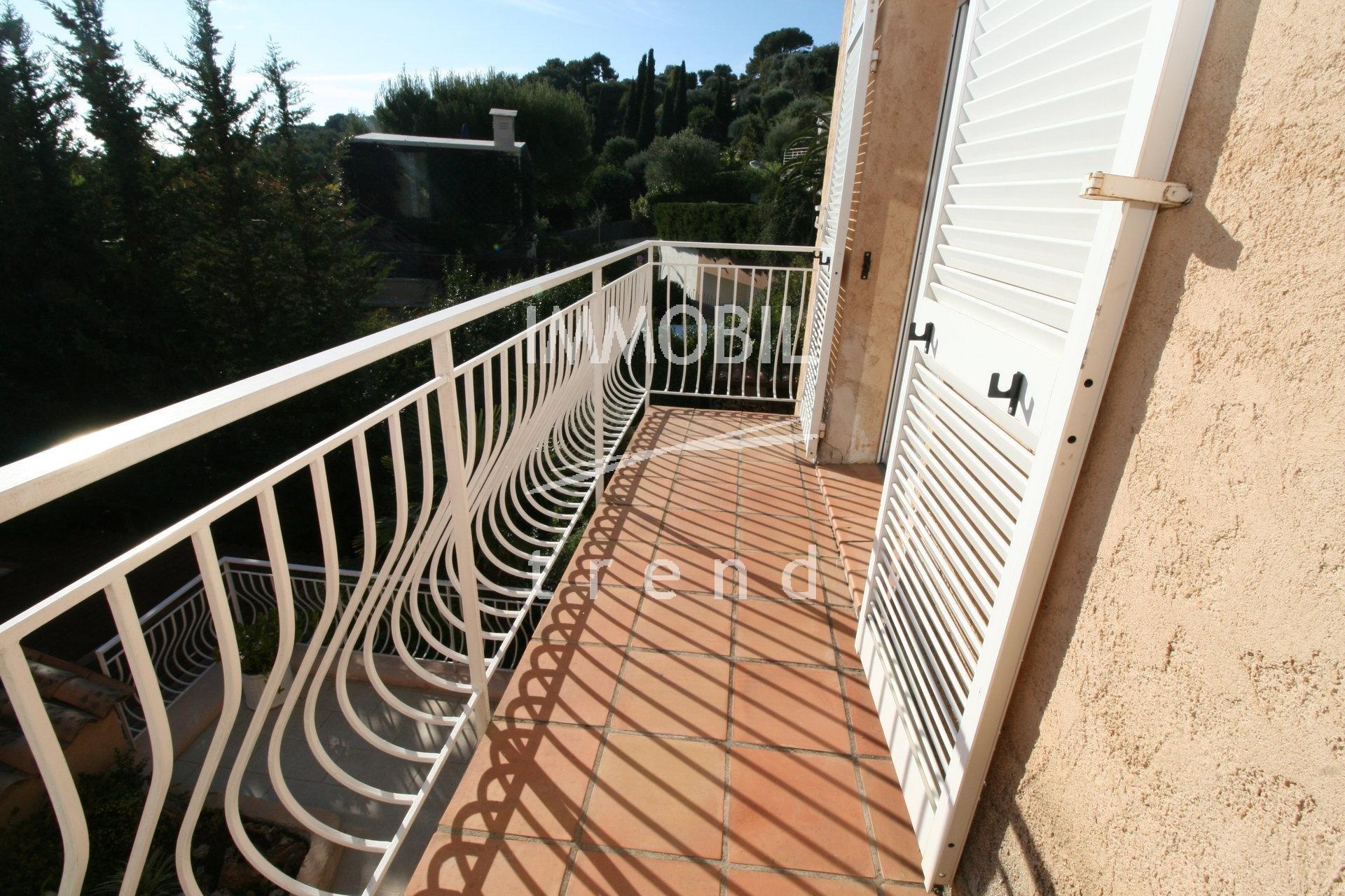 Продажа Дом - Рокбрюн-Кап-Мартен (Roquebrune-Cap-Martin) Hameau