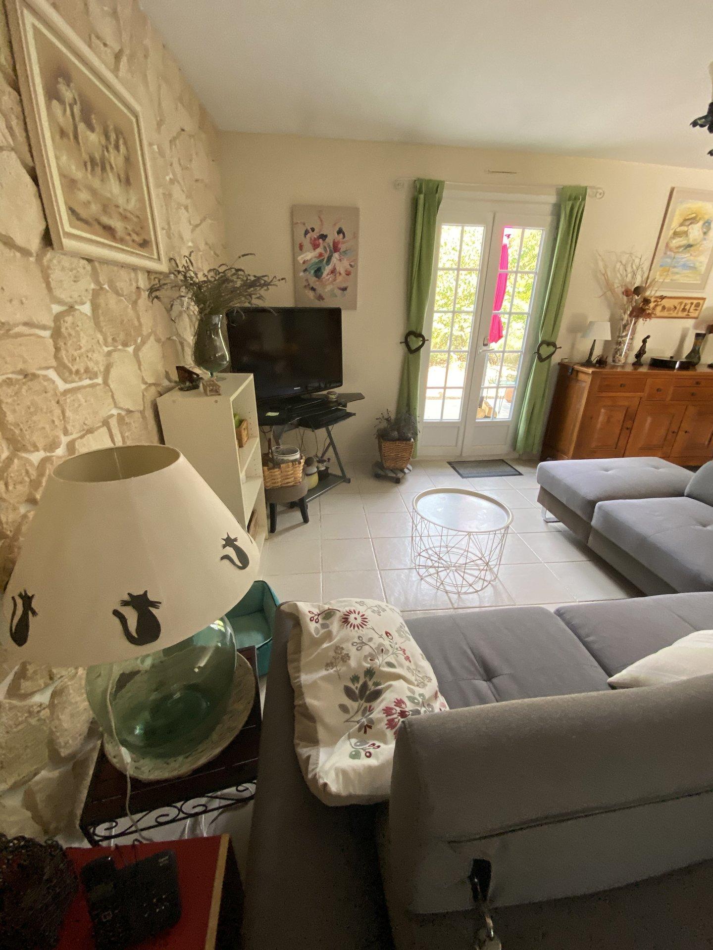 Maison sur 2185 m2 avec atelier indépendant