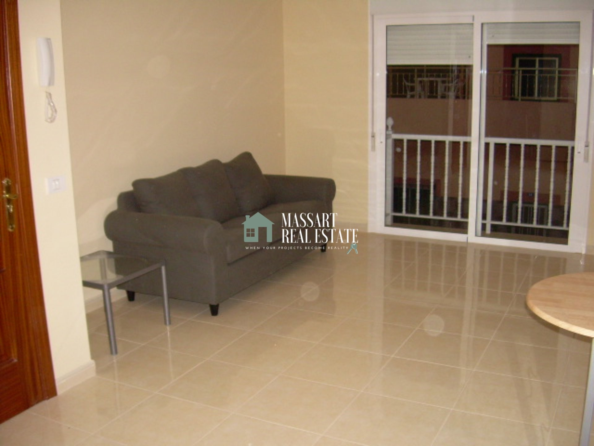 Cozy apartment for rent in Guargacho, ideal to enjoy a happy and quiet life as a couple or alone.