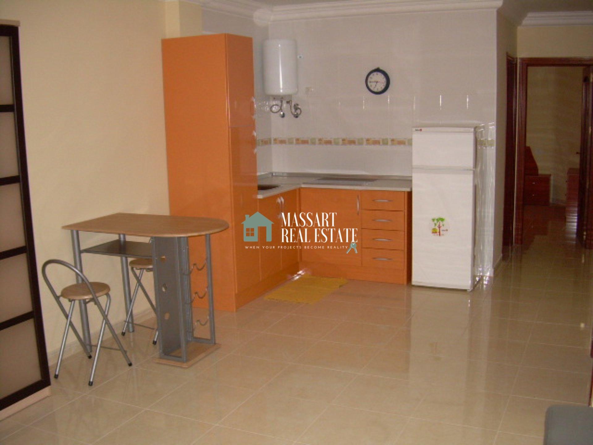 Accogliente appartamento in affitto a Guargacho, ideale per godersi una vita felice e tranquilla in coppia o da soli.