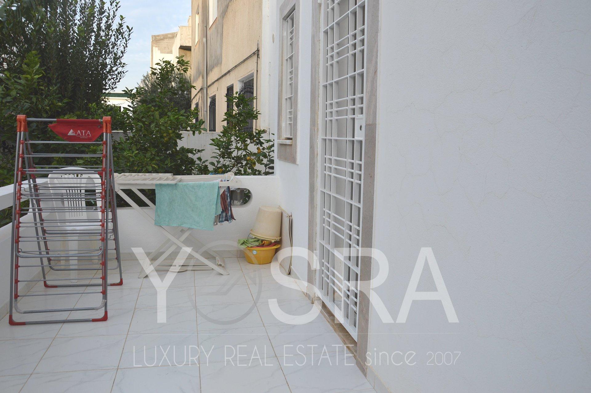 Sale Villa - Tunis El Aouina - Tunisia
