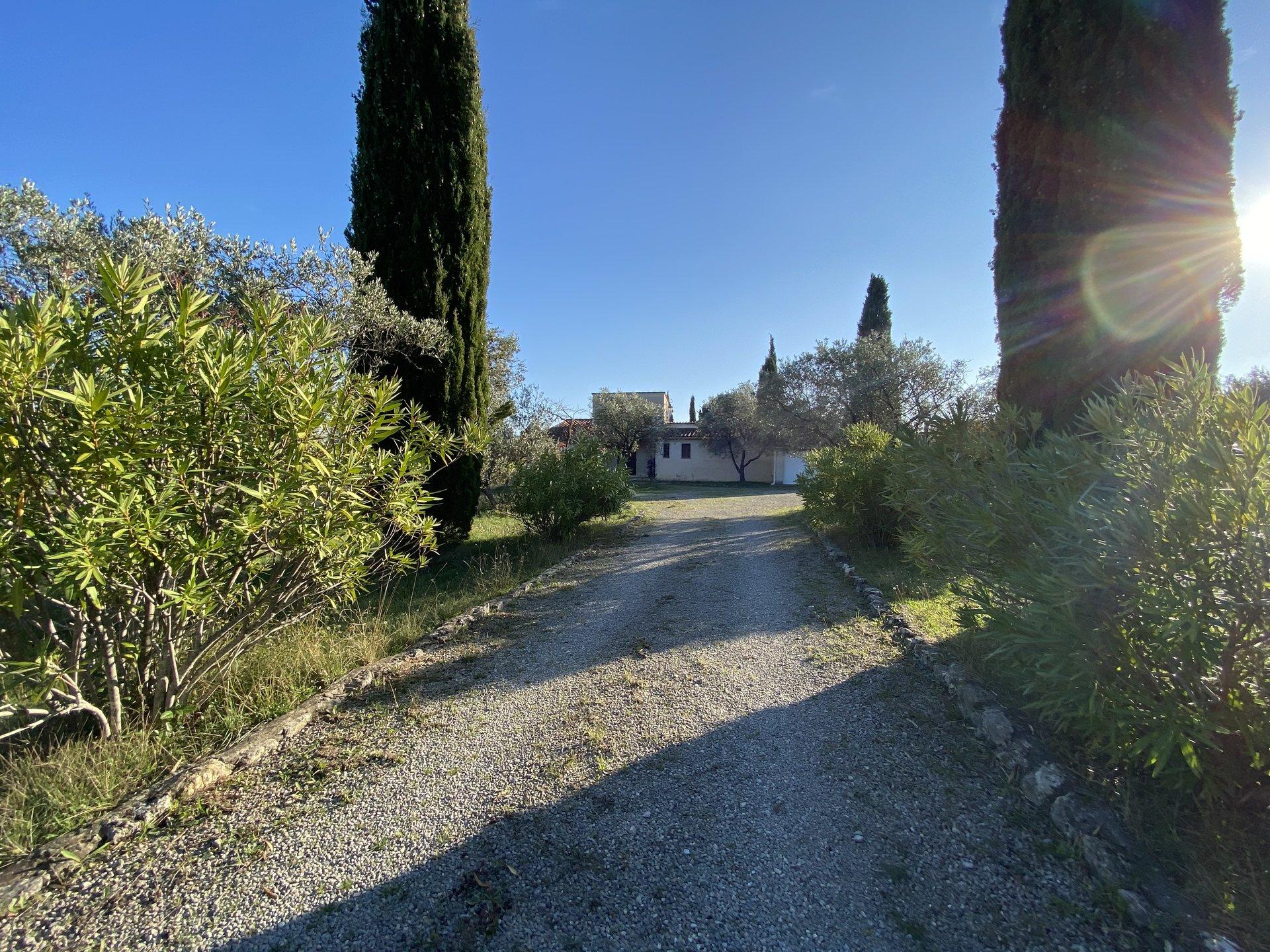 Villa Seillans 4 rooms, beautiful land