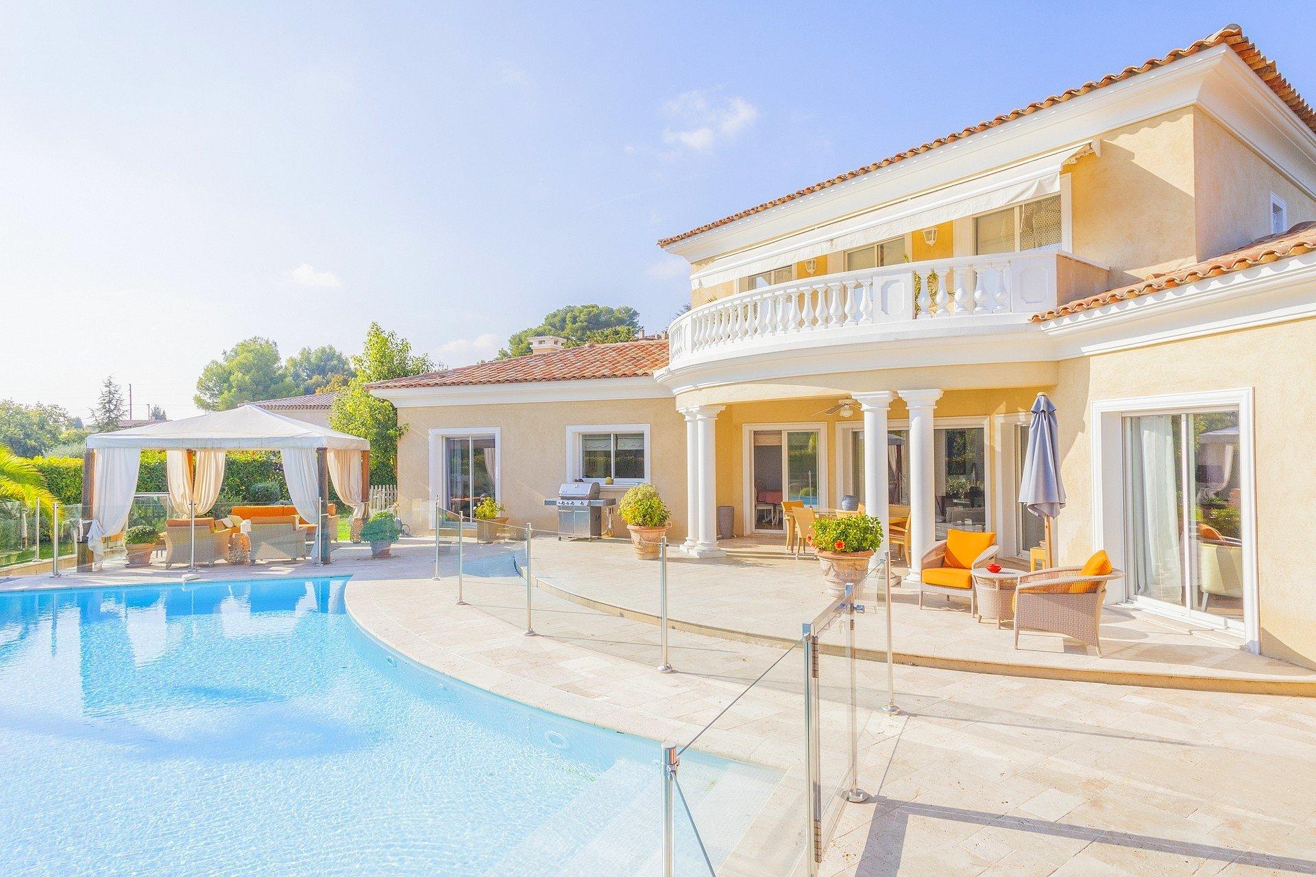 Saint-Paul de Vence trés belle villa provençale
