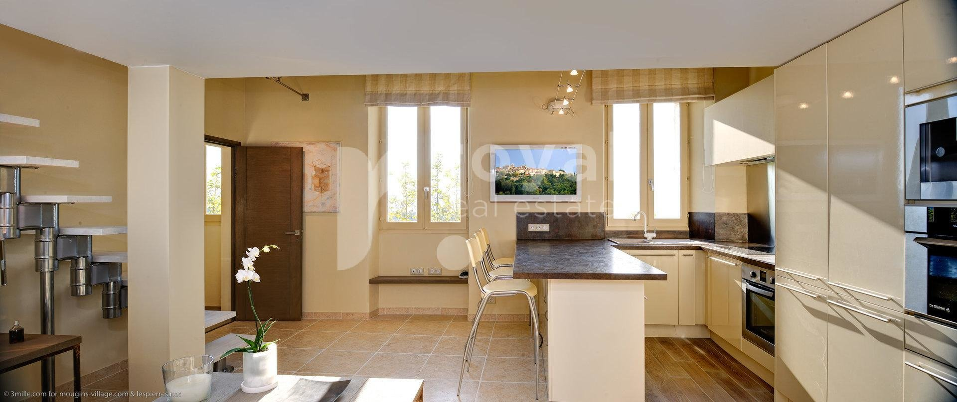 FOR SALE APARTMENT - MOUGINS