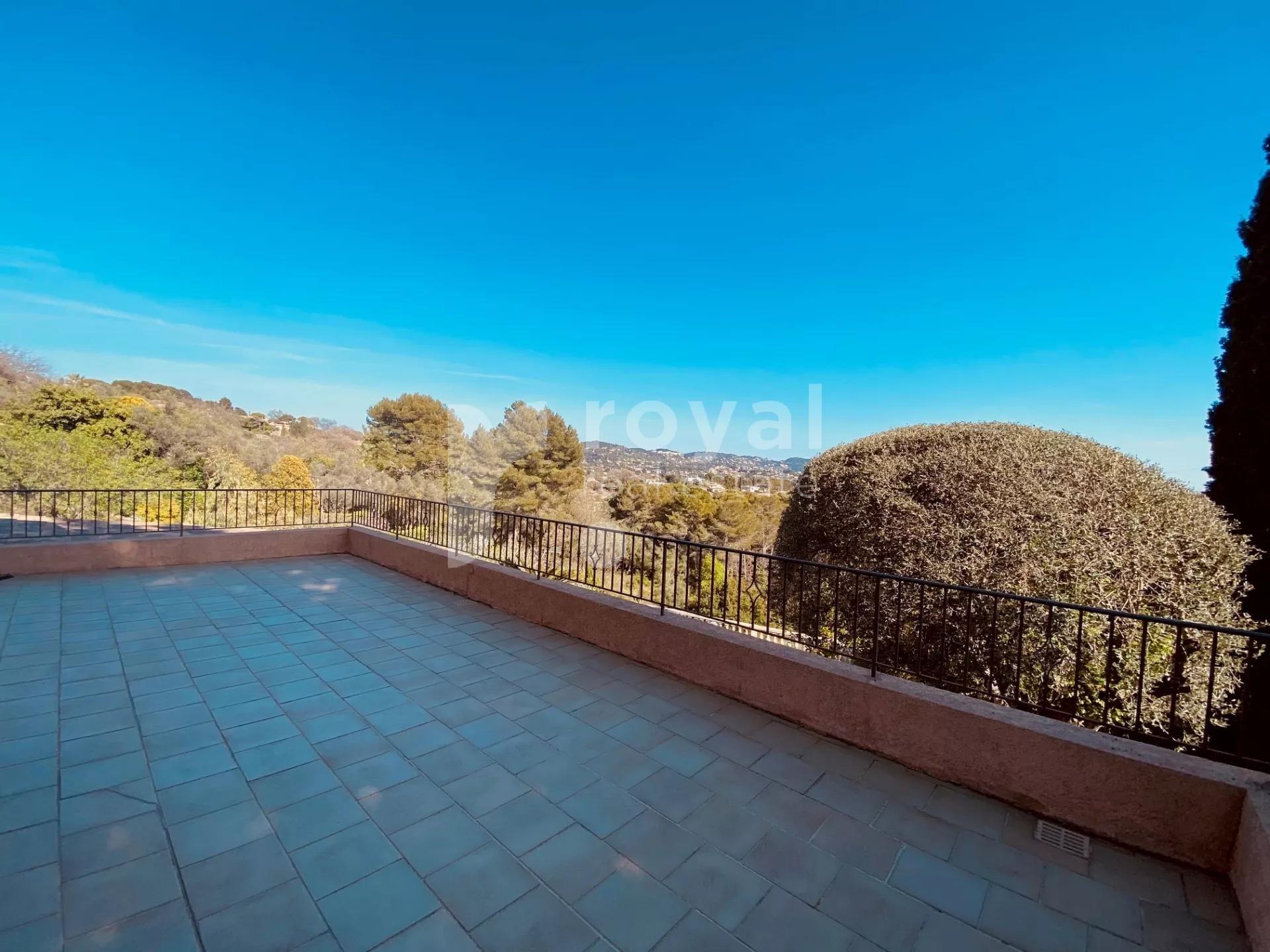 Mougins - Villa familiale avec vue