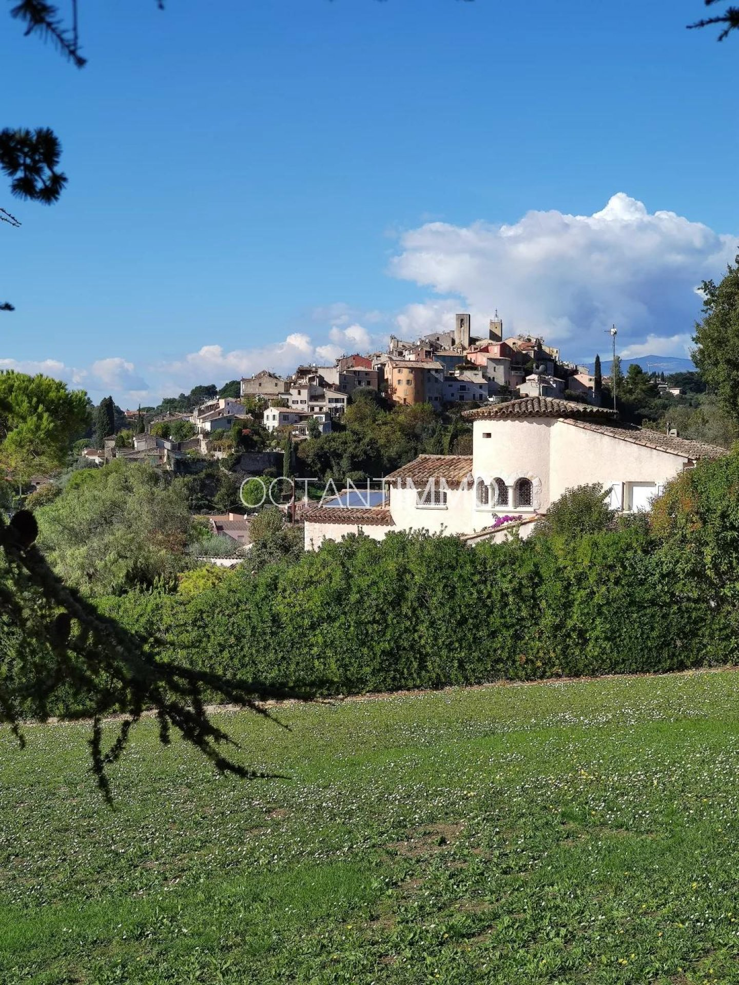BIOT - HOUSE TO RENOVATE 570.000 € - OCTANTIMMO EXCLUSIVE