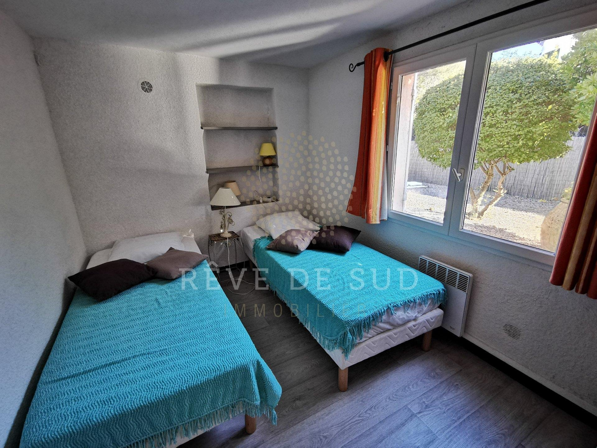 4 Bedroom House in Saint-Aygulf
