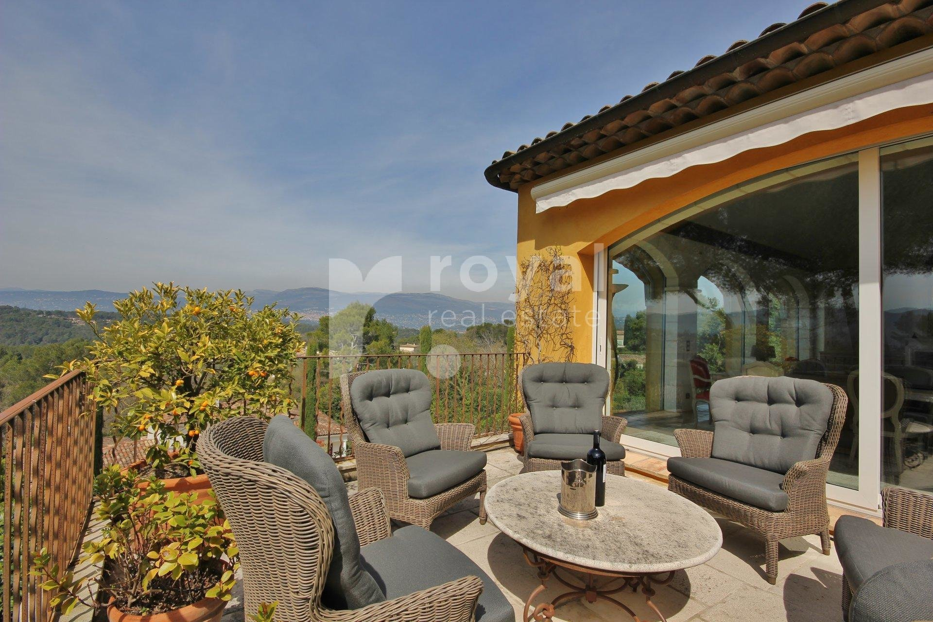 FOR SALE VILLA - MOUGINS GOLF