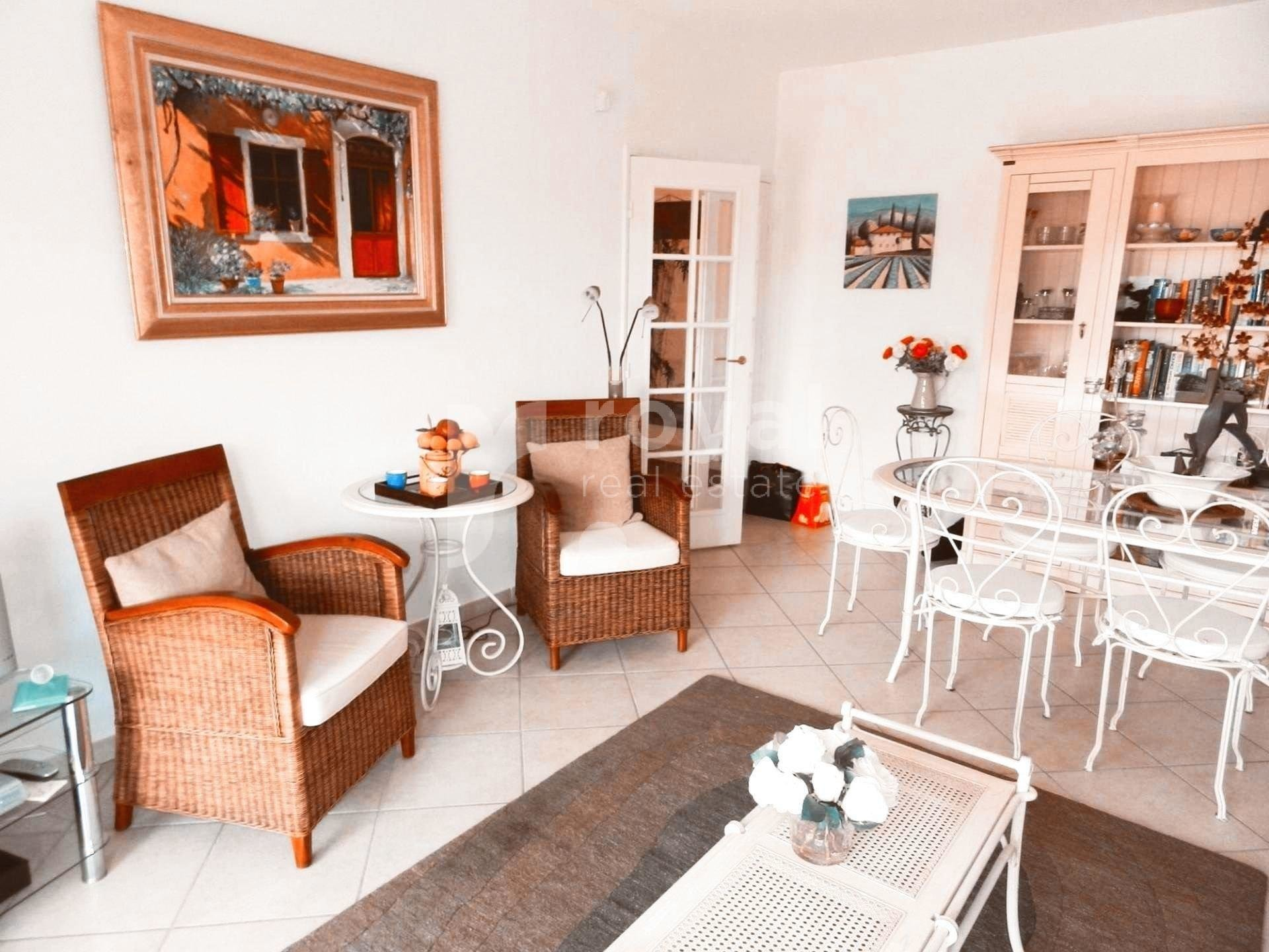 APPARTEMENT - MOUGINS GOLF