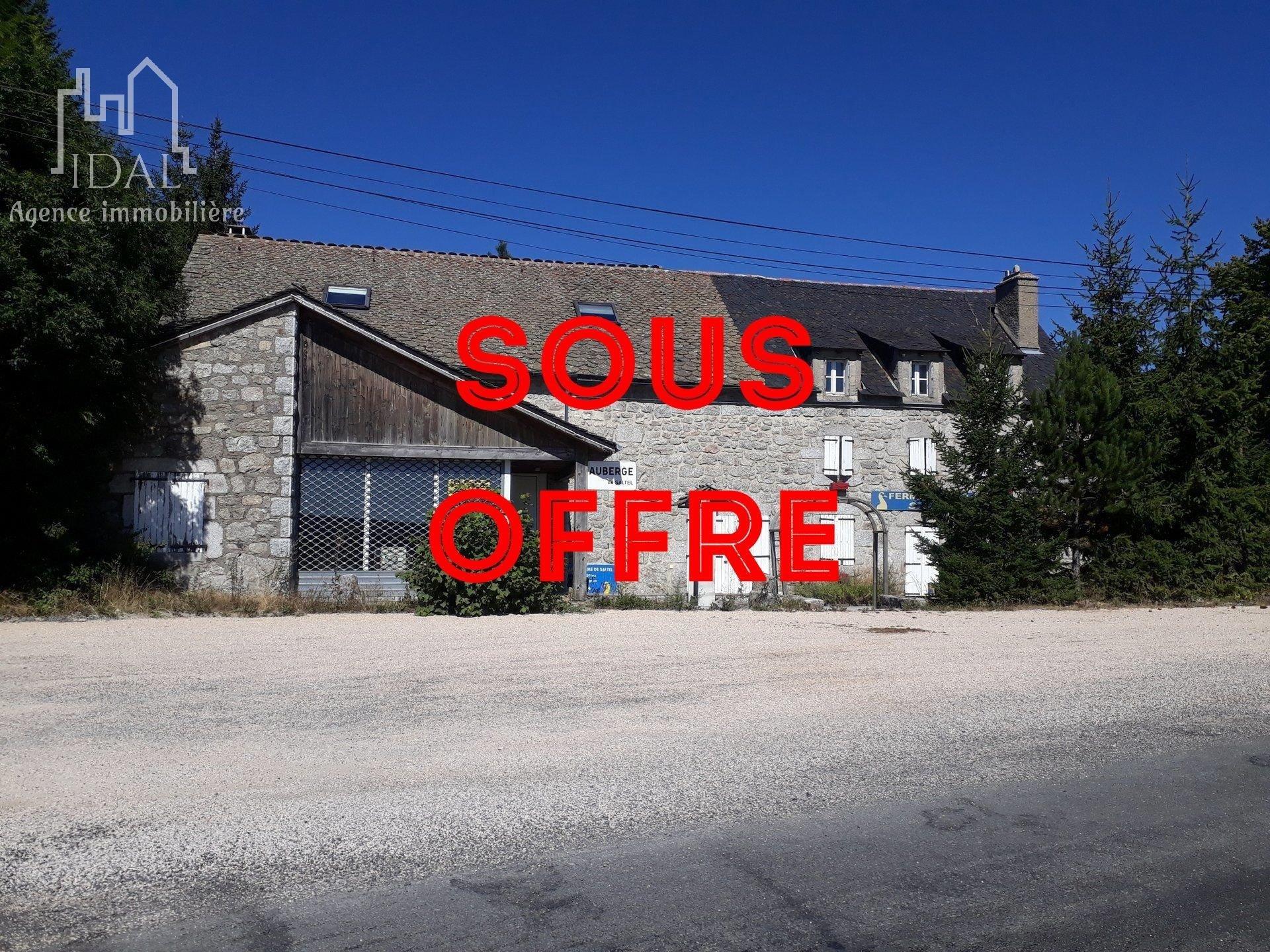 Corps de ferme-Ancienne Auberge-