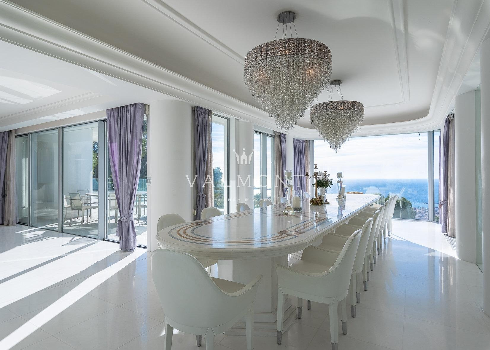 UNIQUE VILLA AVEC BREATHTAKING SEA VIEWS