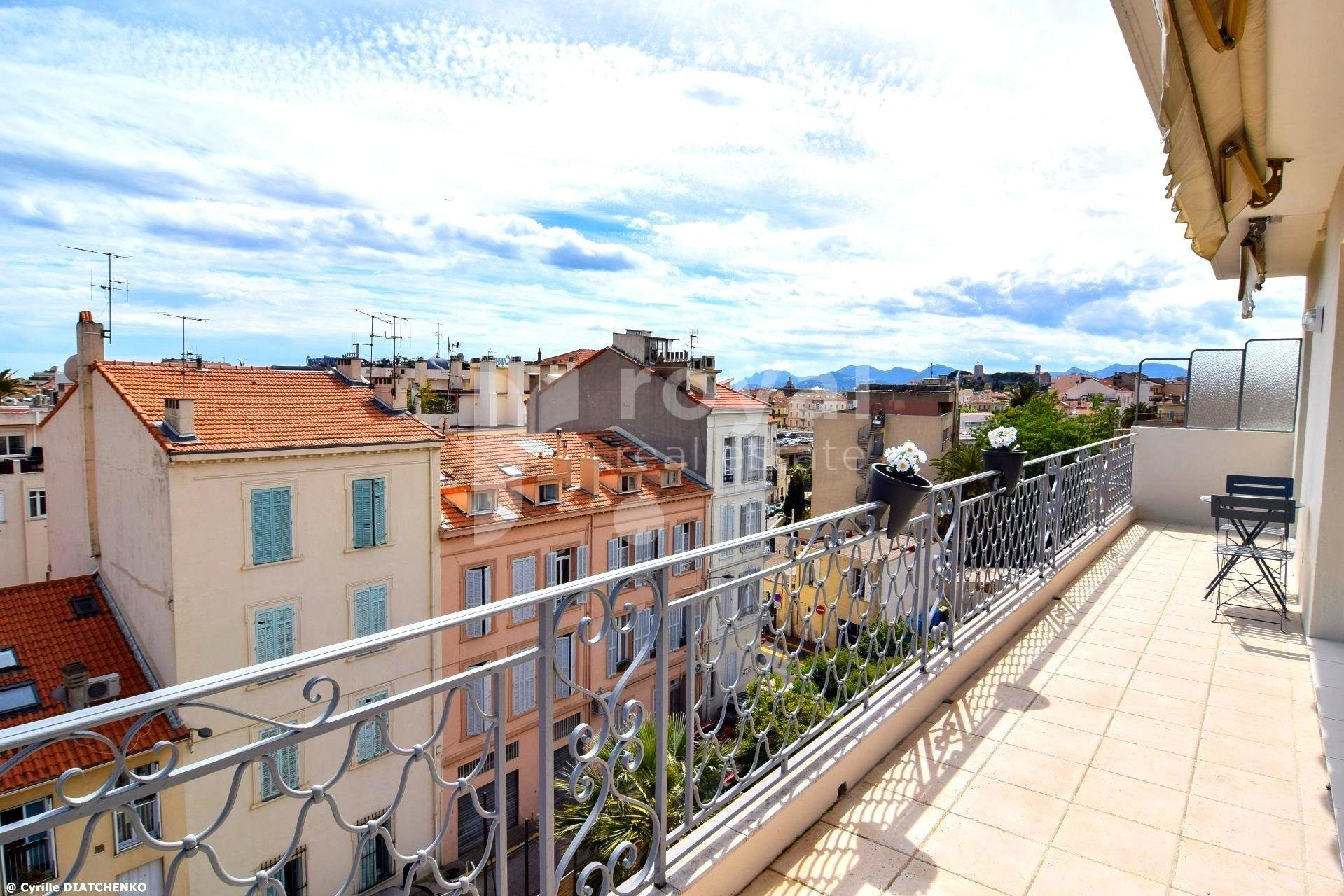 FOR SALE APARTMENT - CANNES
