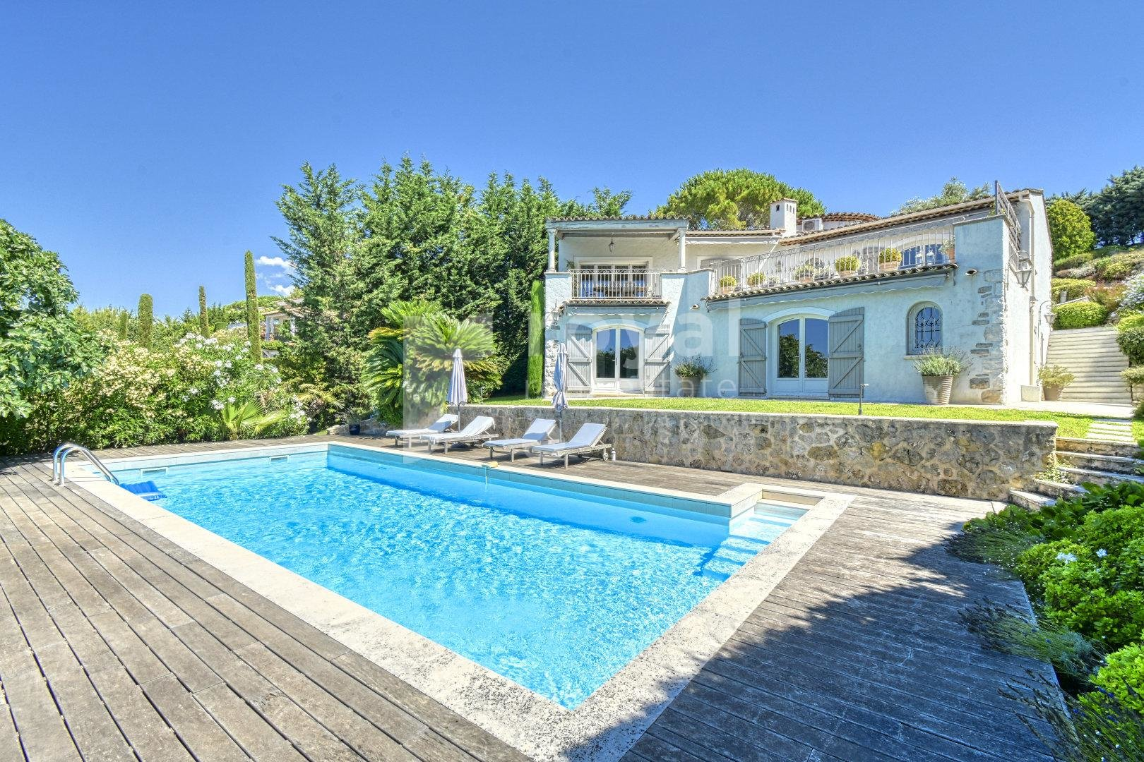 FOR SALE VILLA - LE CANNET