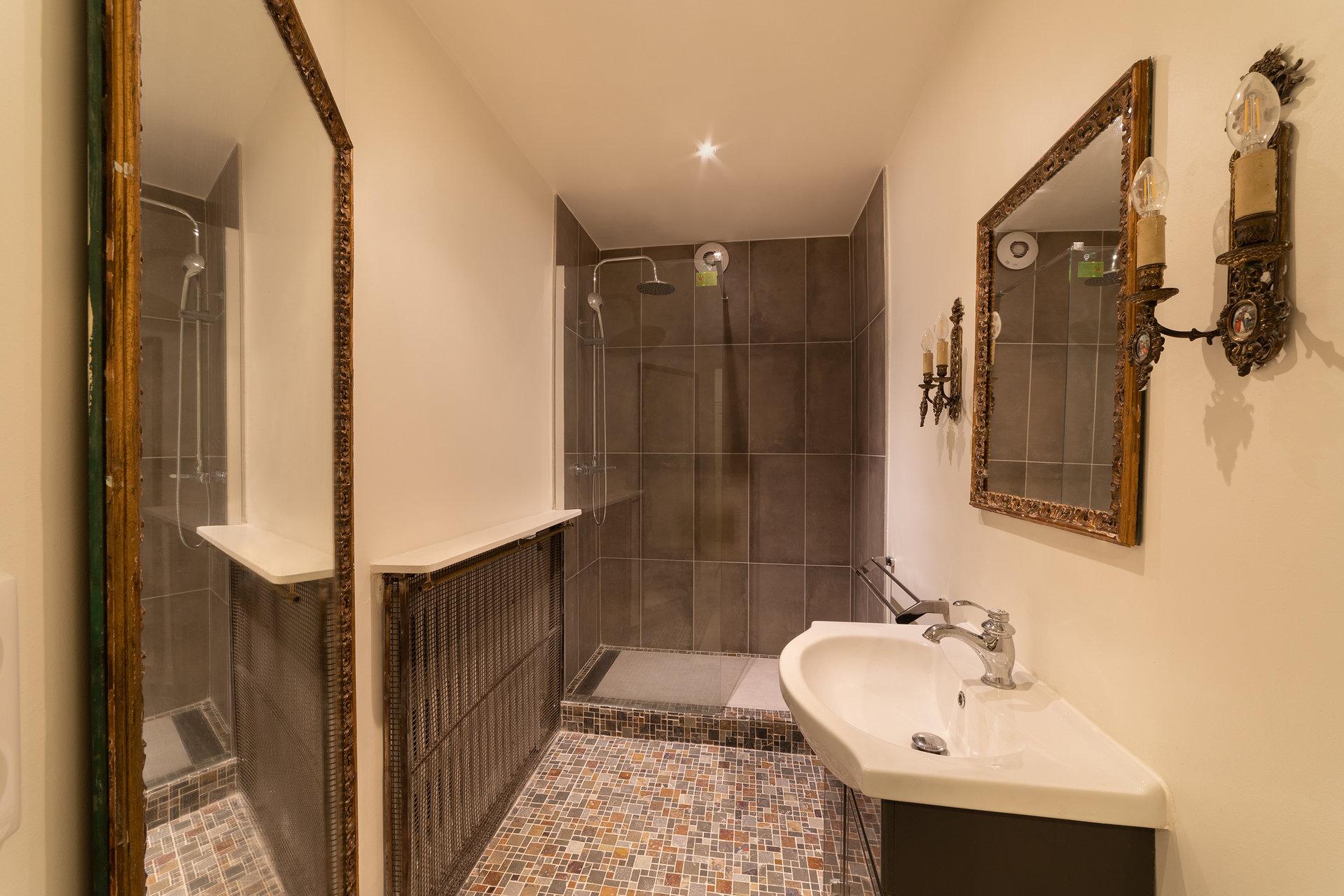 Rental Apartment - Paris 7th (Paris 7ème) Saint-Thomas-d'Aquin