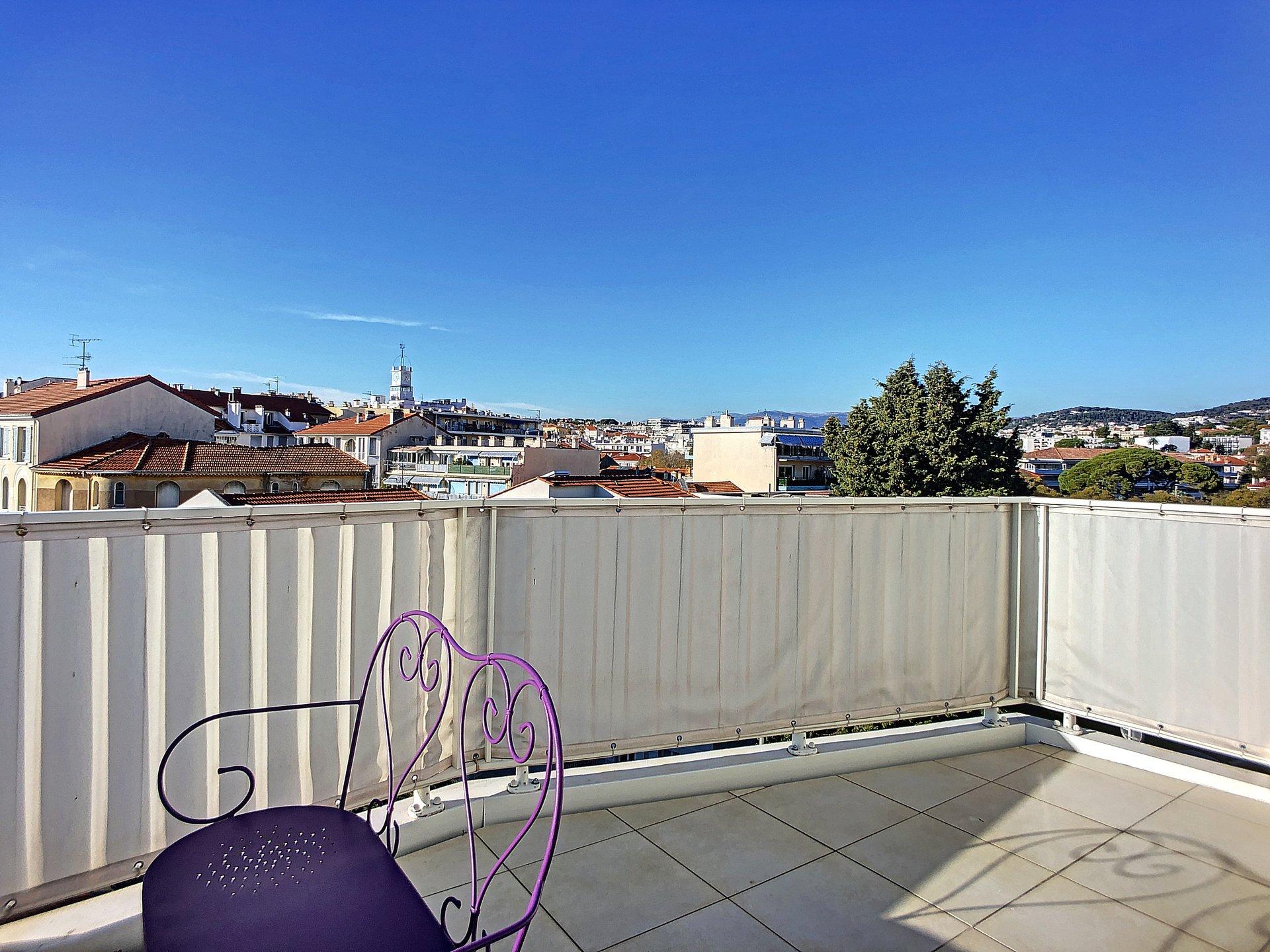 Cannes- Montfleury Beau 3 pièces de 105 m2 Centre Ville