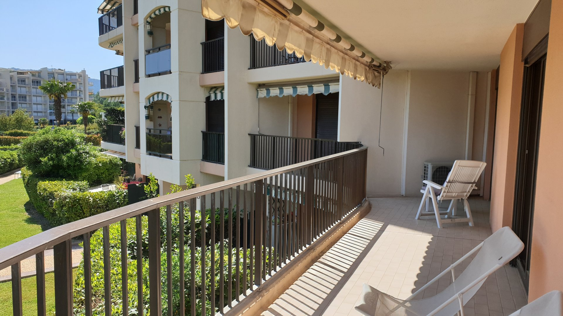 Seasonal rental Apartment - La Napoule