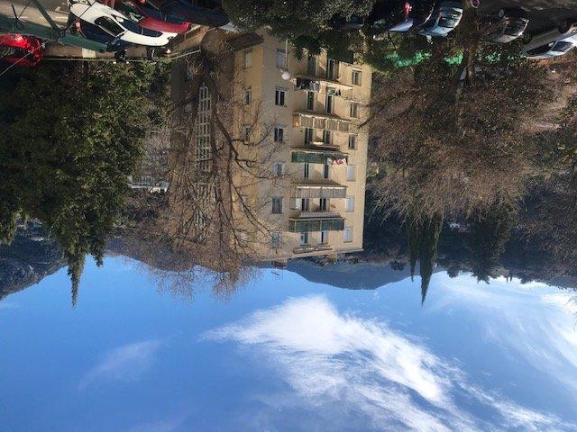 Menton beau 3 pièces, 56m², balcon, cave et parking