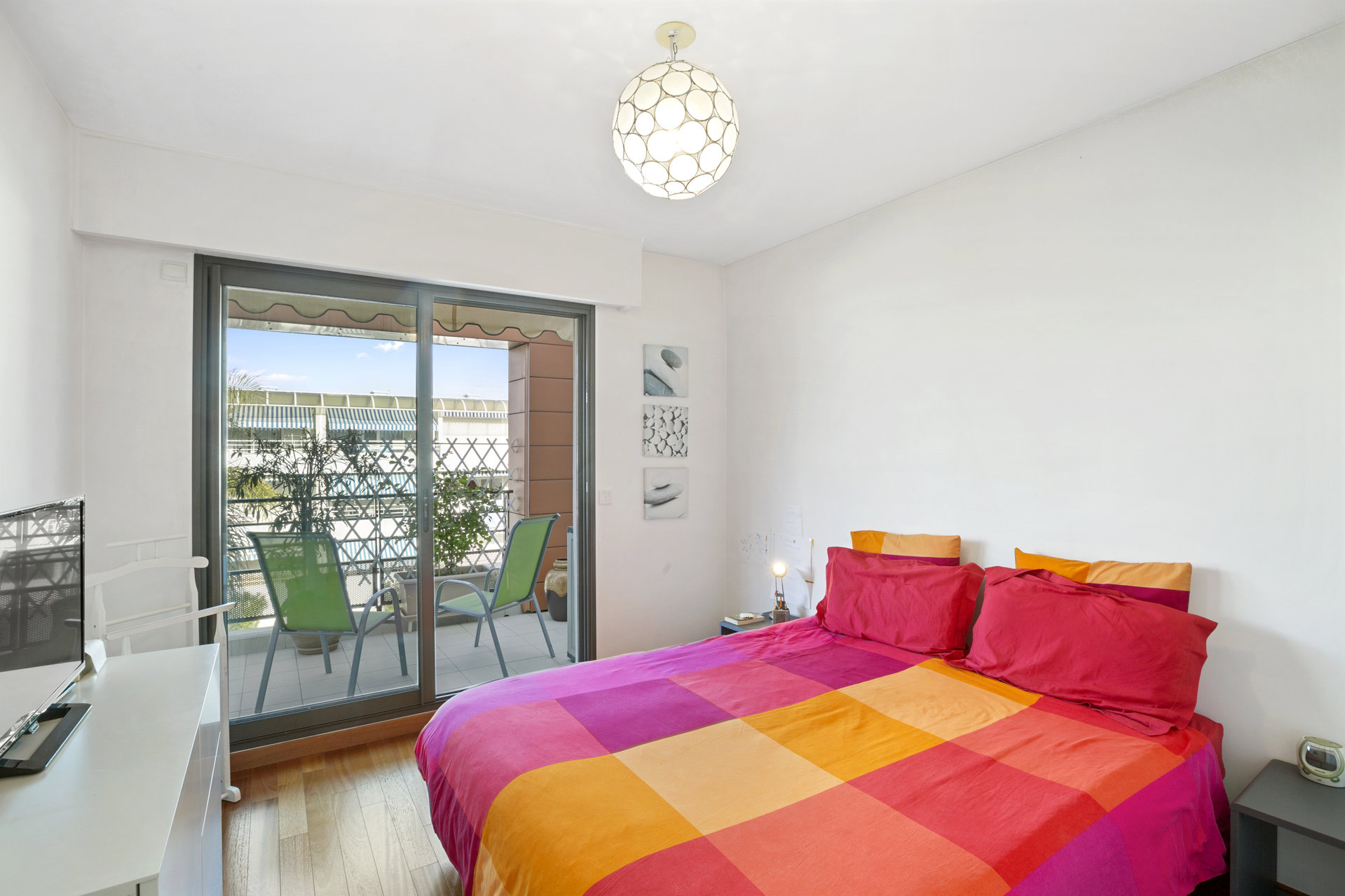 Bel appartement 3P à quelques encablures de la mer & la Marina Baie des Anges à Villeneuve Loubet Plage