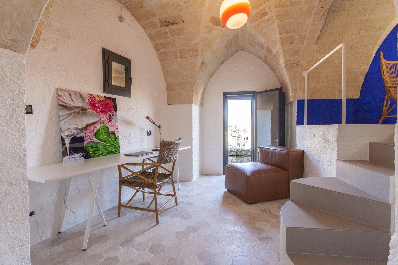 2+ Schlafzimmer luxuriöses Stadthaus mit spektakulärer Dachterrasse