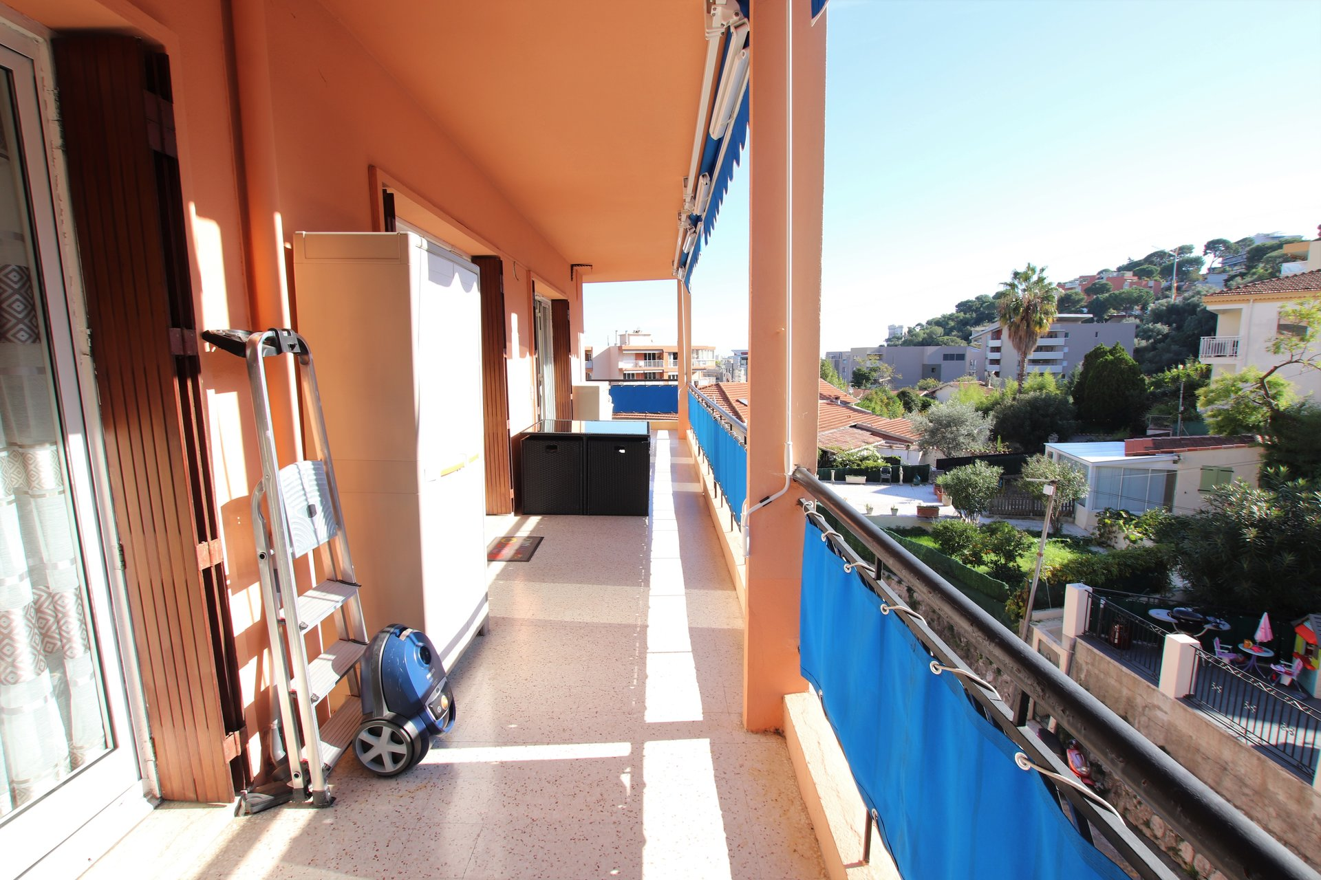 Roquebrune Cap Martin, 3 room apartment of 76 m² with 26 m² of terrace