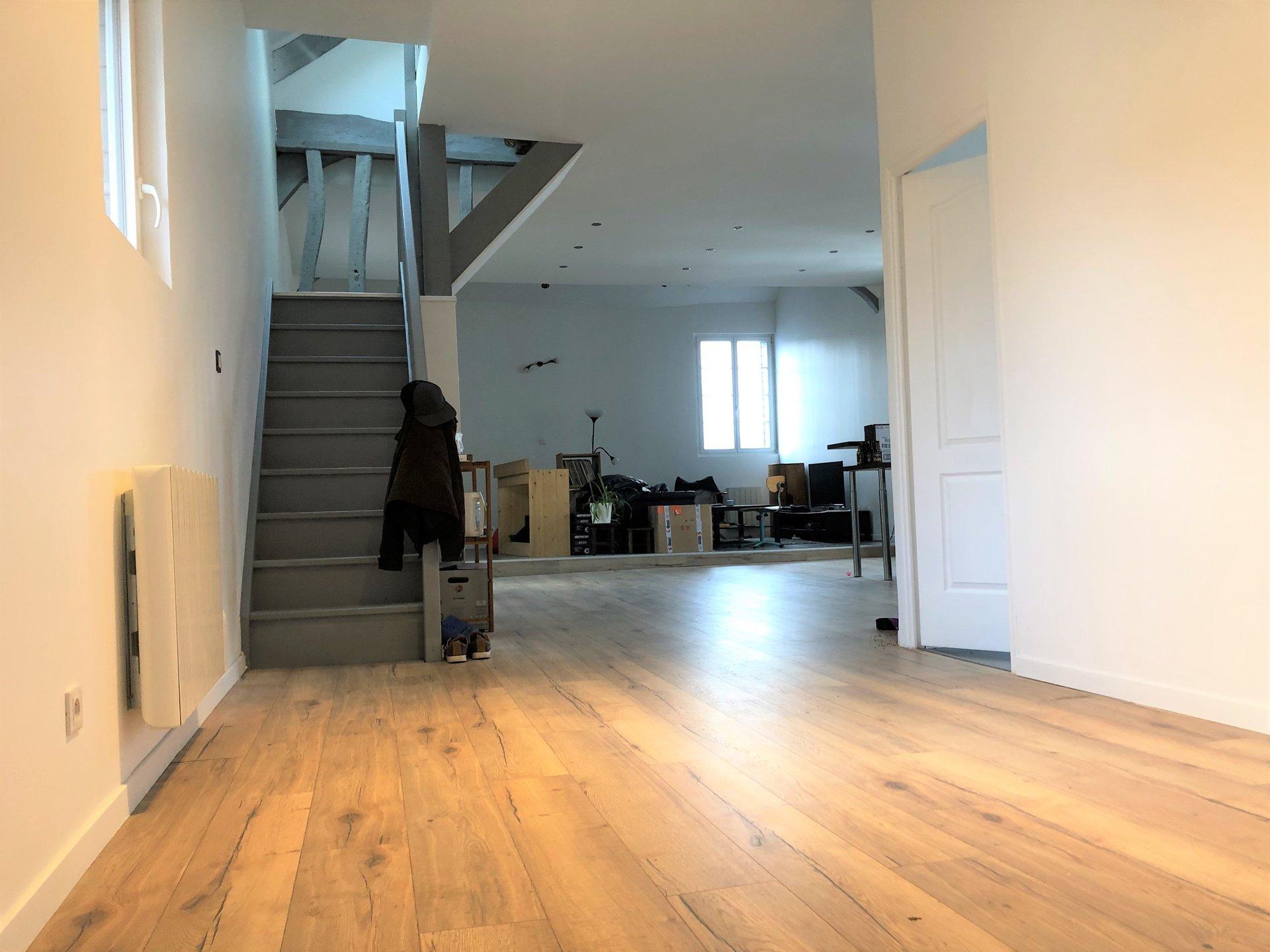 Sale Apartment - Saint-Léger-du-Bourg-Denis