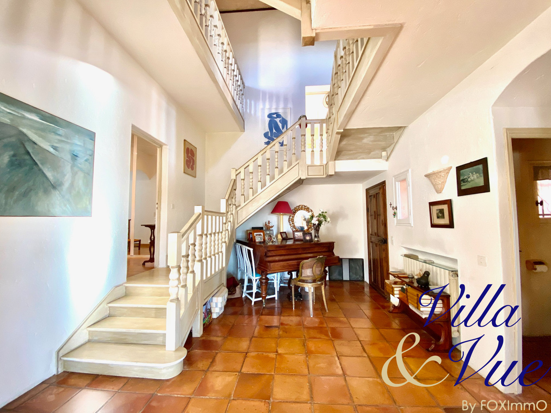 Property St Paul de Vence, quiet, dominant and 180° unobstructed view