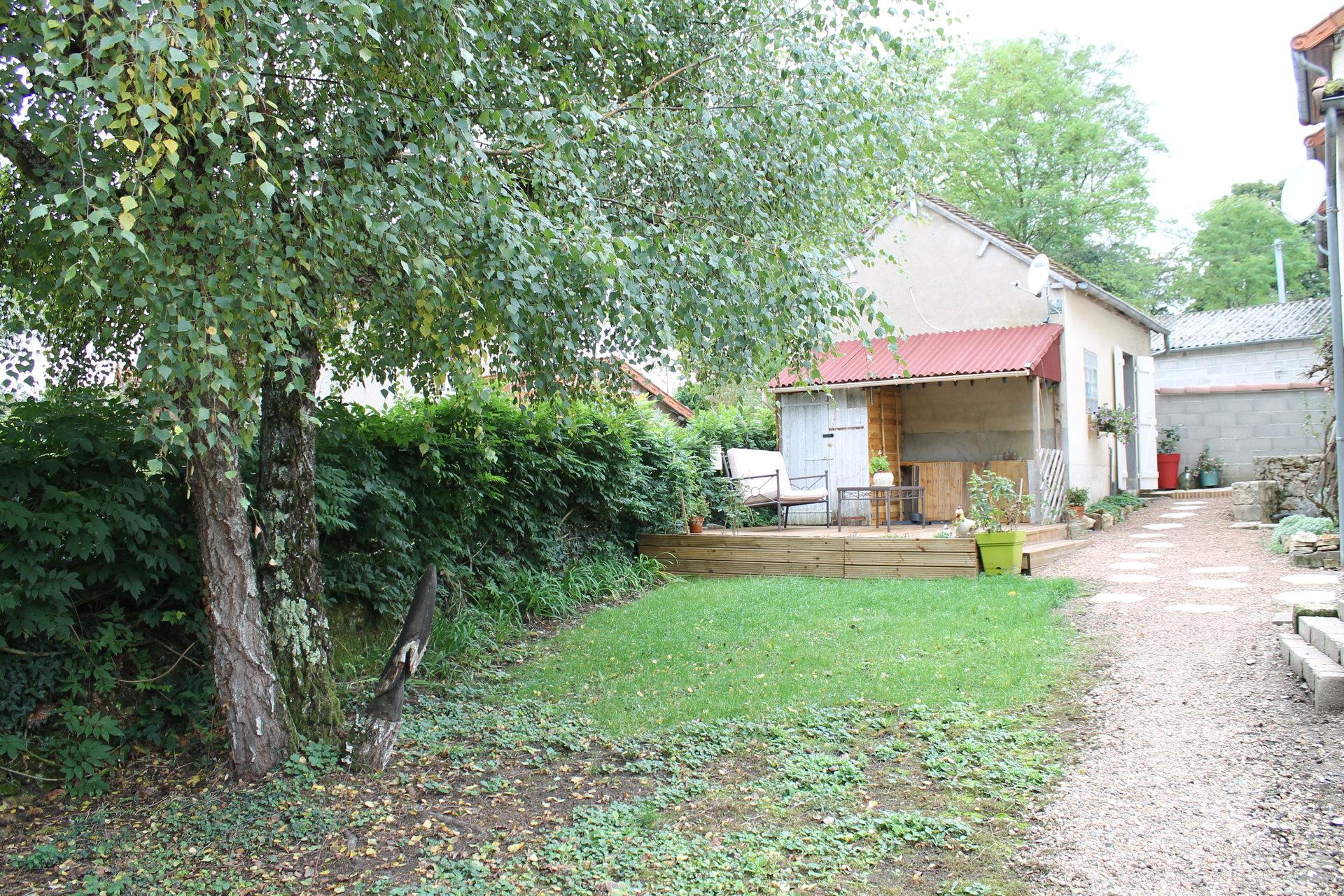 Renoviertes Haus am Rande des Morvans zu Verkaufen