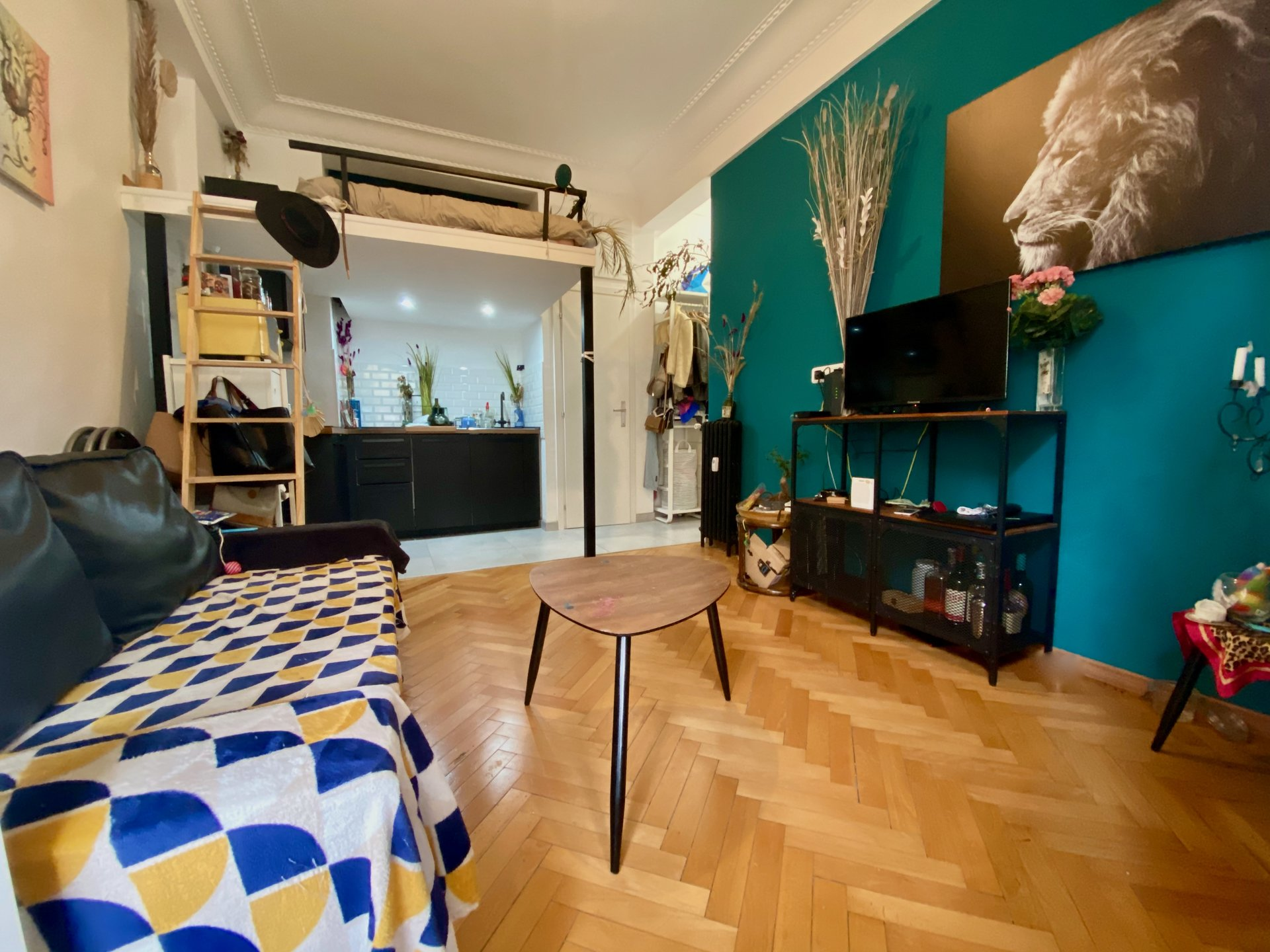 Nice Carré d'or - Studio renovated in high floor.