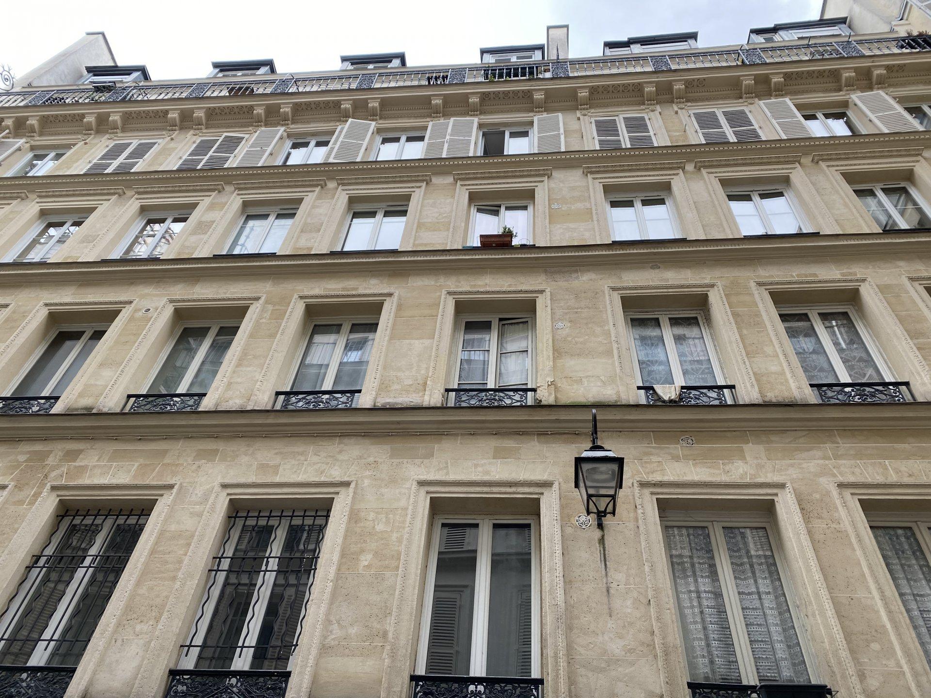 PARIS 75010 Métro République Cité Wauxhall