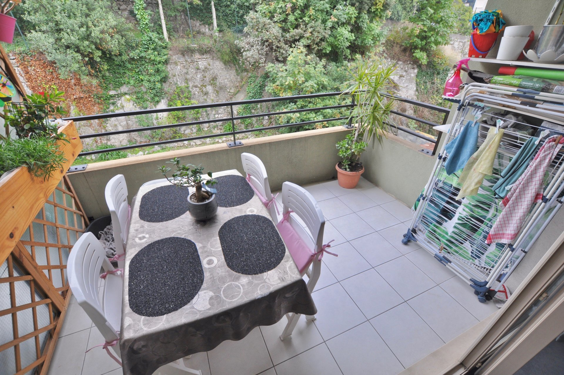 NICE RIQUIER - 3 PIECES TERRASSE + GARAGE